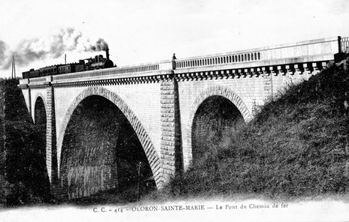 Le pont du chemin de fer (carte postale)
