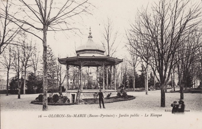 le-kiosque-du-jardin-public