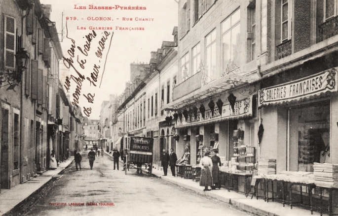 Rue Louis-Barthou