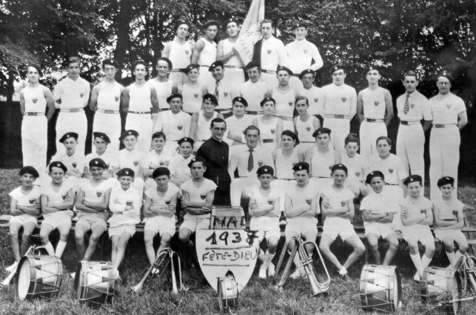 04 - Clique 1935